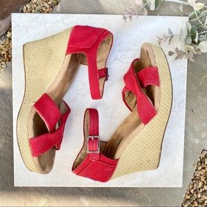 Toms sienna red strappy woven straw wedges